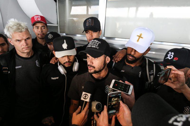 Zé Antônio, o capitão do time, falou com os jornalistas - Anderson Coelho/ND