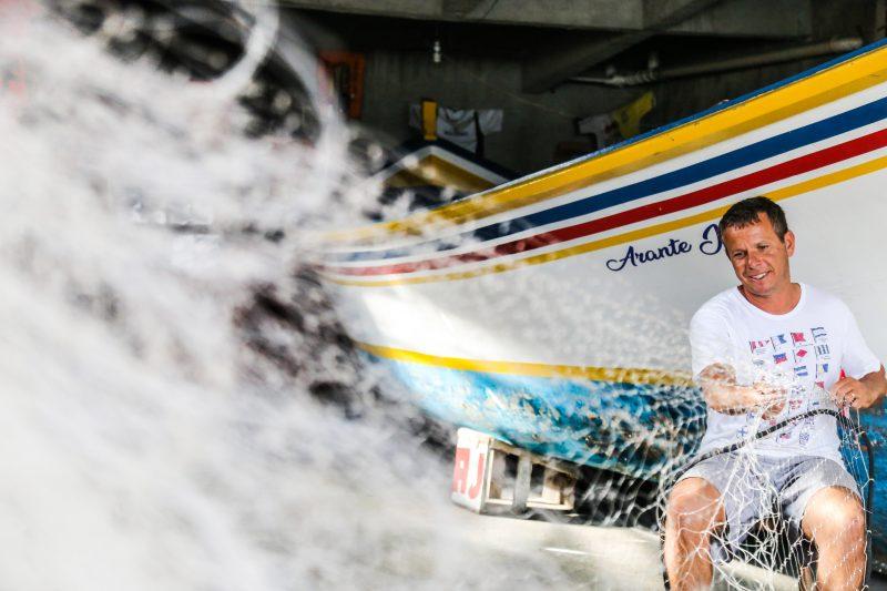 Claiton dos Santos no Dia do pescador, no Pântano do Sul - Anderson Coelho/ND