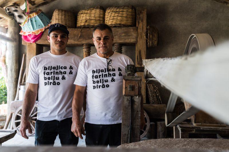 Diego e o pai, Sérgio Murilo do Santos, querem trazer as novas gerações para o ambiente do engenho – Anderson Coelho/ND