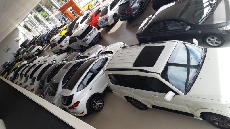 Cerca de 200 veículos foram apreendidos na operação – MP-MG/Divulgação/ND