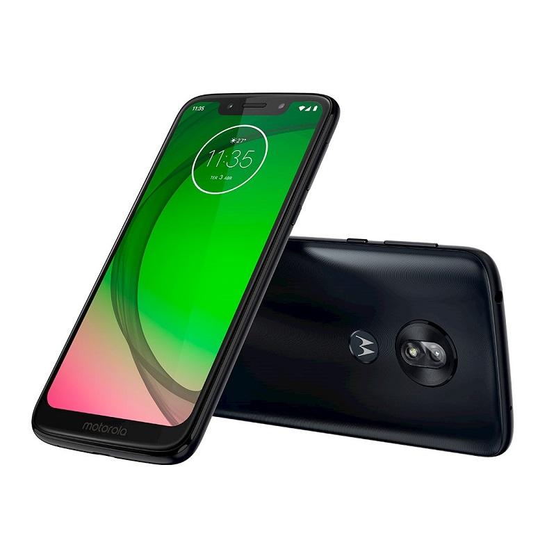 Moto G7 Play – Este celular é uma boa opção para os pais que principalmente usam o dispositivo para acessar redes sociais. O modelo conta com câmera principal de 13 megapixels e frontal com 8 megapixels. A tela tem 5,7 polegadas. Outras especificações: processador Octa-Core de 1.8 GHz, 32 GB de armazenamento e 2 GB de memória RAM. Está disponível nas cores índigo e ouro. Preço sugerido: R$ 999. - Crédito: Divulgação/33Giga/ND