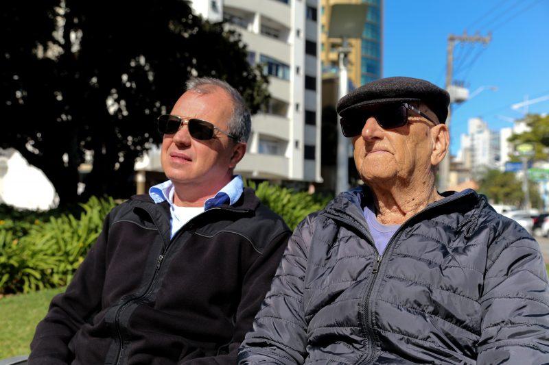 O filho e o amigo, Oldemar Peixoto, relembram momentos com Antônio Amaral Filho – Anderson Coelho/ND
