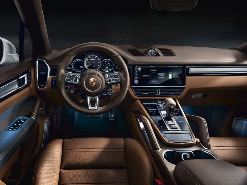 Nova versão híbrida do Porsche Cayenne é o mais potente da gama - Foto: Divulgação - Foto: Divulgação/Garagem 360/ND