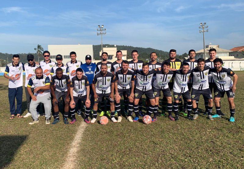 Saudade FC/uniforme 1 – Uniforme 1/Saudade/divulgação