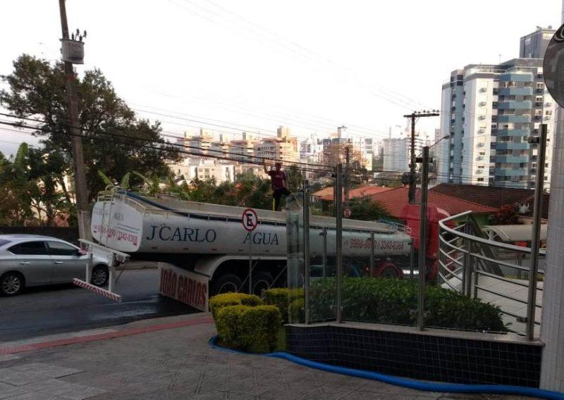 Falta de água muda rotina de moradores na Grande Florianópolis – Erlon pinto da luz
