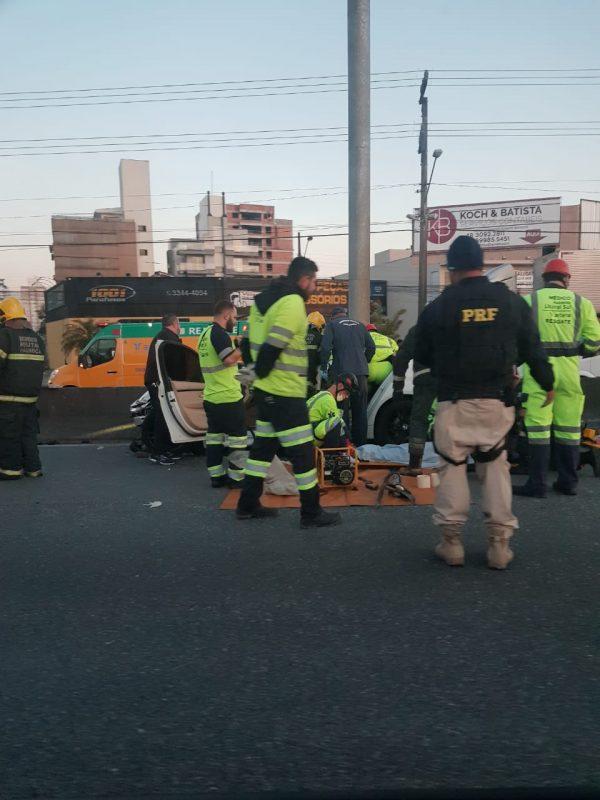 Motoristas fugiram do local do acidente, em Palhoça – PRF/Reprodução/ND