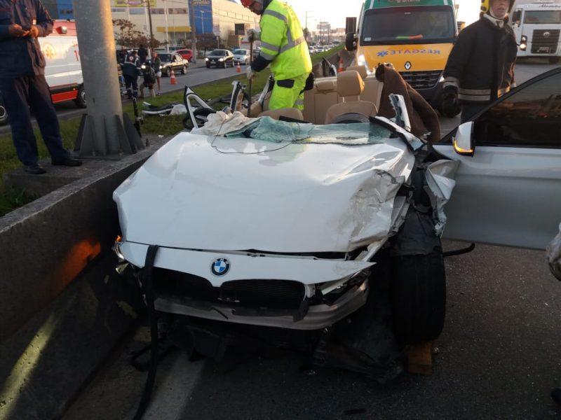 As três mulheres que se acidentaram eram passageiras da BMW – PRF/Reprodução/ND