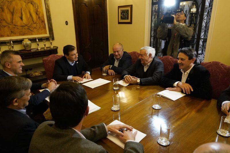 Moisés conduz reunião com representantes agropecuários – Ricardo Wolf/Secom/ND