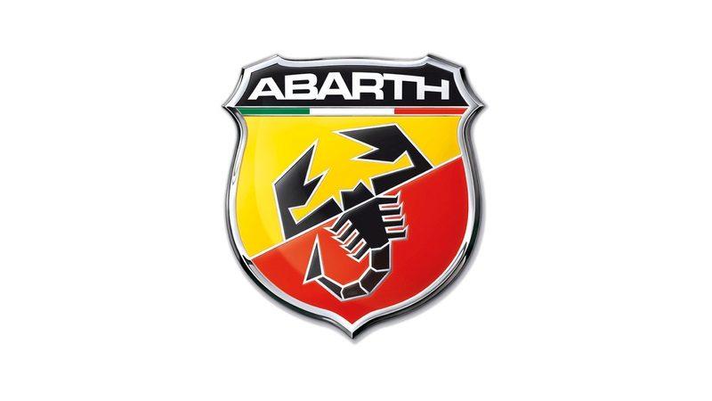 Divisão esportiva da Fiat, a Abarth tem em seu logo um escorpião estilizado e que remete ao signo do fundador da marca, Karl Alberto Abarth - Foto: Divulgação - Foto: Divulgação/Garagem 360/ND