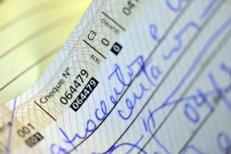 Mesmo com autorregulação, uso do cheque especial continua alto – EBC/ND