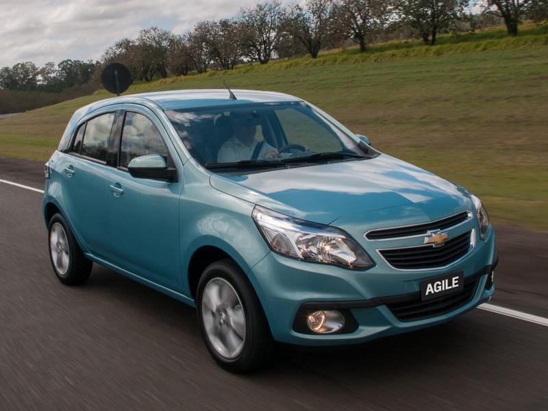 Chevrolet Agile: lançado em 2009, ele até fez sucesso no começo, mas saiu de linha de maneira discreta em 2014. Foi ofuscado pelo sucesso do Onix, que hoje é o carro mais vendido do Brasil - Foto: Divulgação - Foto: Divulgação/Garagem 360/ND