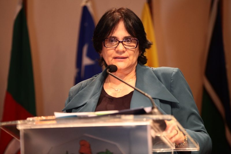 Ministra Damares Alves discursa na abertura do Seminário Regional de Promoção e Defesa da Cidadania, na Alesc, em Florianópolis – Solon Soares/Agência AL/ND