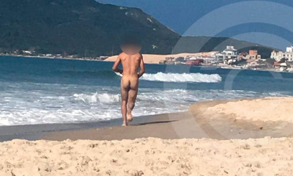 Depois ter entrado em um outro corredor, ele não foi mais visto na praia. - Jornal Conexão Comunidade/Reprodução ND