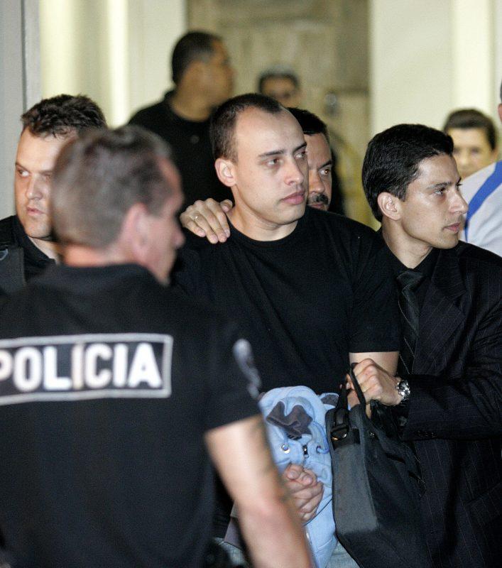 Nardoni (centro) cumpre pena de mais de 30 anos, dois meses e 20 dias de prisão pelo assassinato da própria filha Isabella em 2008 – NILTON FUKUDA/ESTADÃO CONTEÚDO/ND