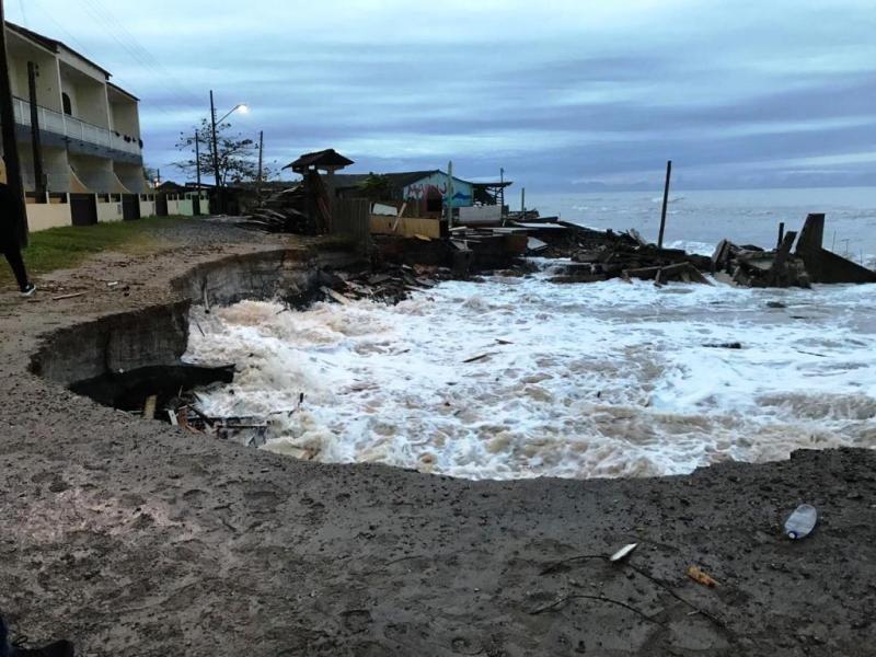 Ressaca em Itapoá destruiu parte da cidade – Prefeitura de Itapoá/Divulgação/ND