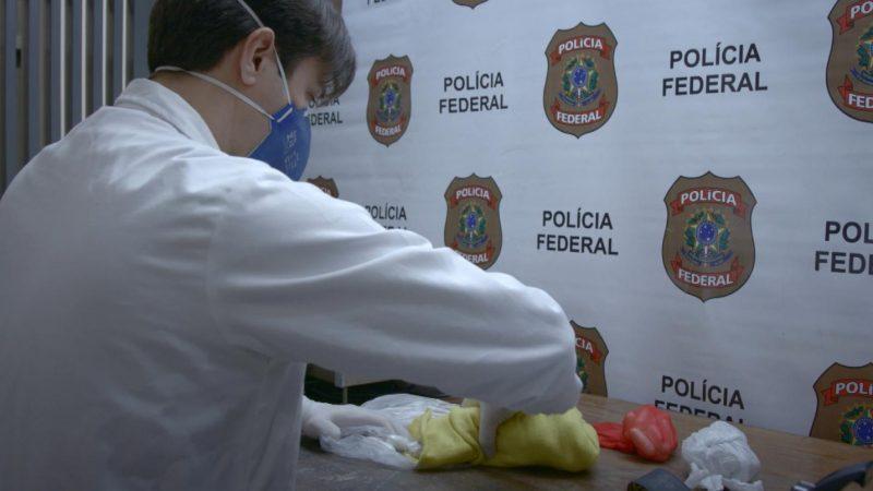 """Polícia Federal desvenda mistério de bagagens que """"somem"""" nas esteiras e param em mãos de outros passageiros – Divulgação/Record TV/ND"""