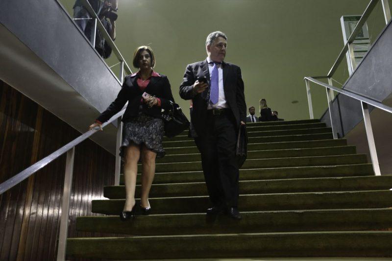 Rosinha e Garotinho foram presos na terça-feira na Operação Secretum Domus, deflagrada no Rio de Janeiro e em Campos dos Goytacazes, pelo MPRJ – Fabio Rodrigues Pozzebom/Agência Brasil/ND