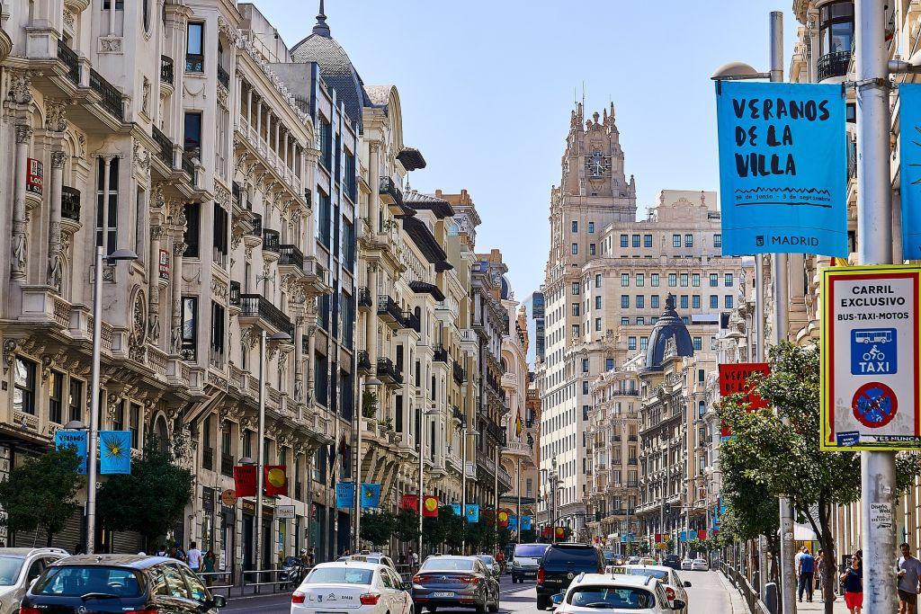 Gran Vía, Madri, Espanha - Pixabay - Pixabay /Rota de Férias/ND