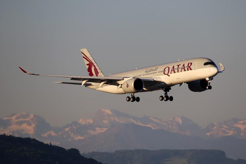 1. Qatar Airways - M. Oertle on VisualHunt / CC BY-NC-SA - M. Oertle on VisualHunt / CC BY-NC-SA/Rota de Férias/ND