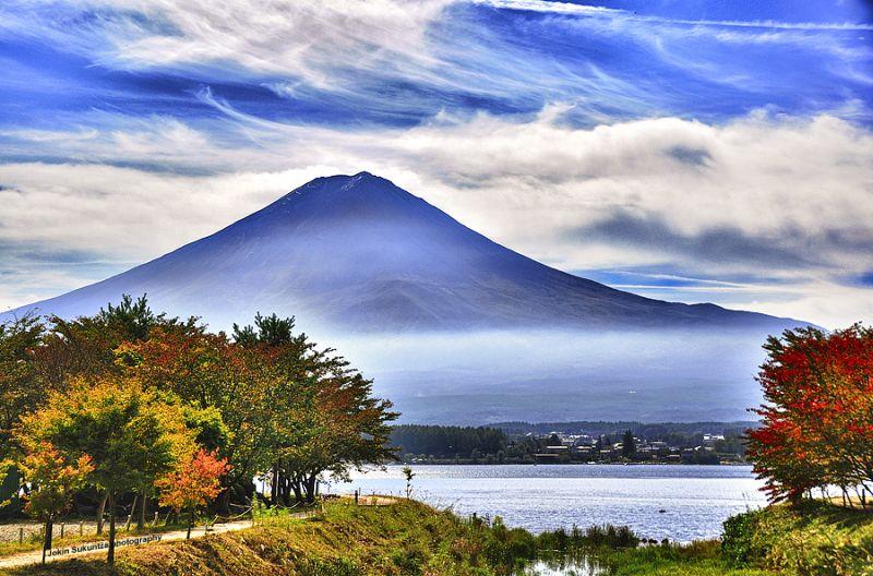 Partindo de Tóquio, o famoso Monte Fuji fica a apenas duas horas de carro - Jokin Sukuntza via Visualhunt.com / CC BY-NC-SA - Jokin Sukuntza via Visualhunt.com / CC BY-NC-SA/Rota de Férias/ND