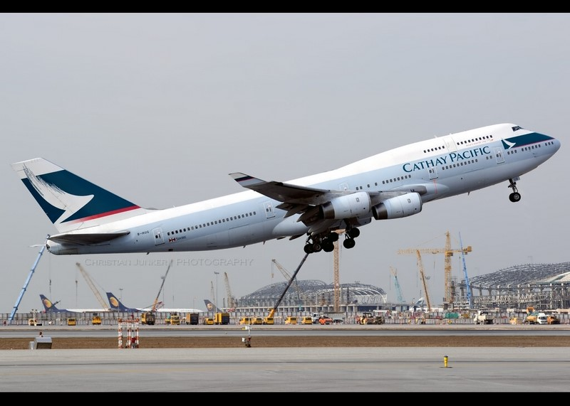4. Cathay Pacific Airways - Christian Junker - Christian Junker /Rota de Férias/ND