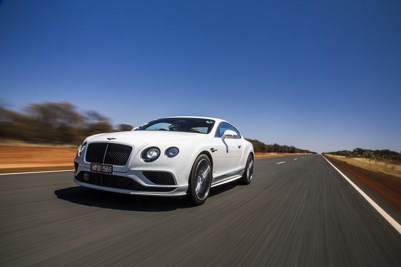 Bentley Continental GT Speed: por dentro, todo o luxo que a marca inglesa sempre ofereceu; sob o capô, um enorme motor W12 de 642 cv - Foto: Divulgação - Foto: Divulgação/Garagem 360/ND