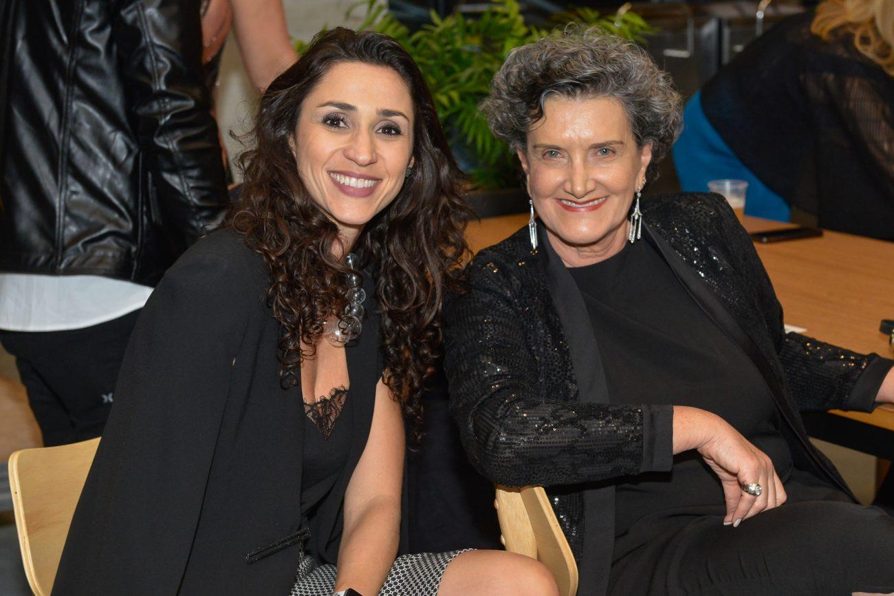 Graziela de Caroli (à esq.) e Marina Nessi, diretora da Casacor PR - Carlos Alves/Divulgação/ND