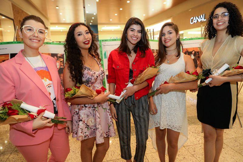 Luiza, Neves, Rhaiane Paloschi, Amanda Klein, Alice Levy e Lorrainny Barbosa – Foto – Fabricia Pinho