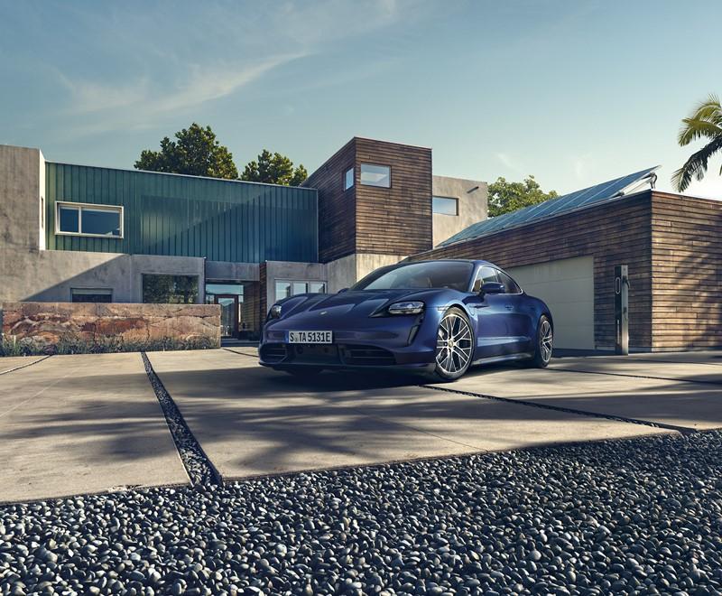 Porsche apresenta o Taycan, seu primeiro elétrico - Foto: Divulgação - Foto: Divulgação/Garagem 360/ND