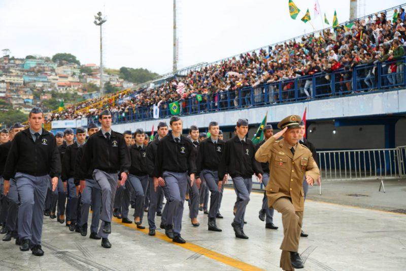 Militares desfilaram em homenagem à Independência do Brasil - Leonardo Sousa/PMF/Divulgação