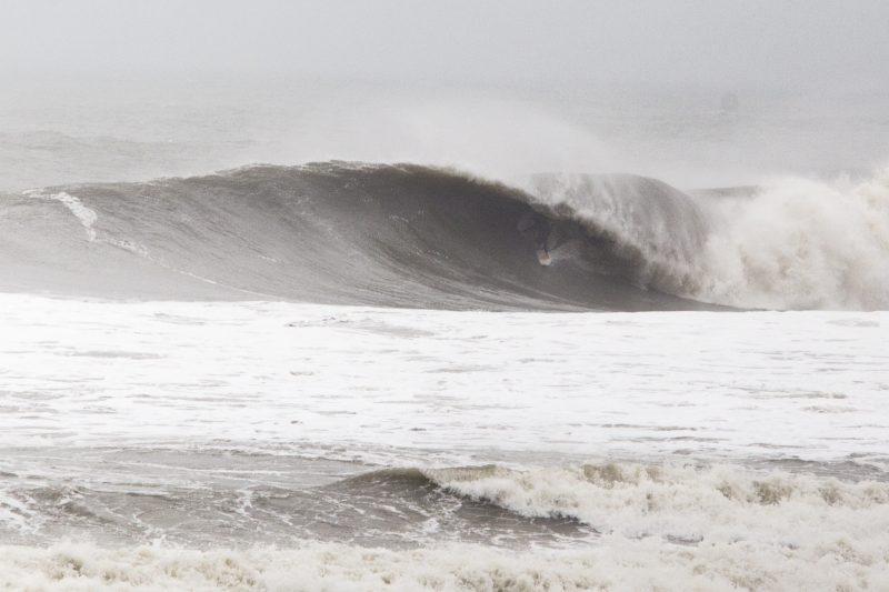 Mar agitado deve marcar o feriado em Santa Catarina – Foto: Flavio Tin/Arquivo/ND