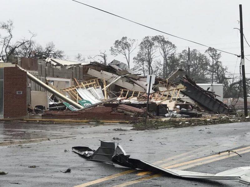 Furacão Dorian causa destruição em passagem por Bahamas – Reprodução/Facebook