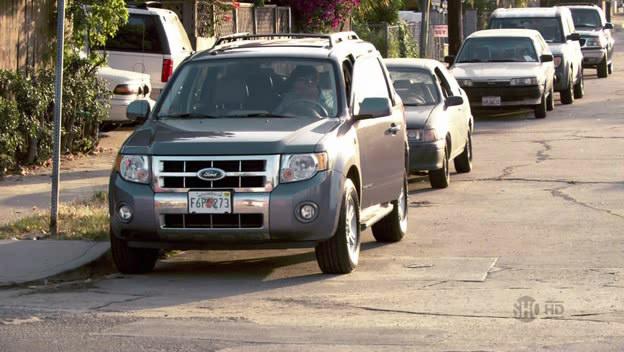 Também na televisão, a série Dexter já tem oito temporadas. O SUV híbrido Ford Escape é o veículo utilizado pelo assassino em série - Crédito: Reprodução/IMCDB - Crédito: Reprodução/IMCDB/Garagem 360/ND