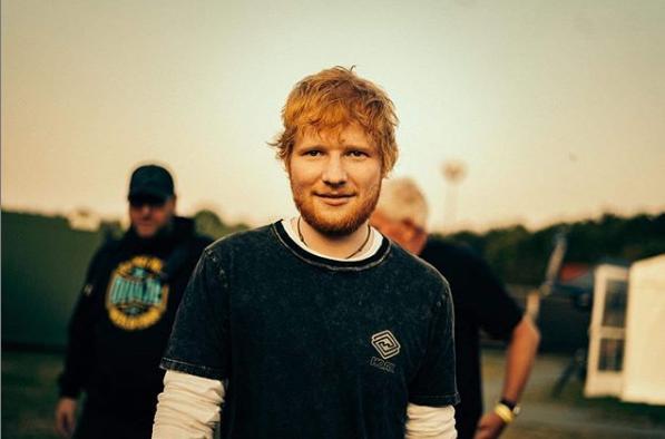A guitarra autografada por Ed Sheeran tem como lance R$ 4.500 – Reprodução/Instagram