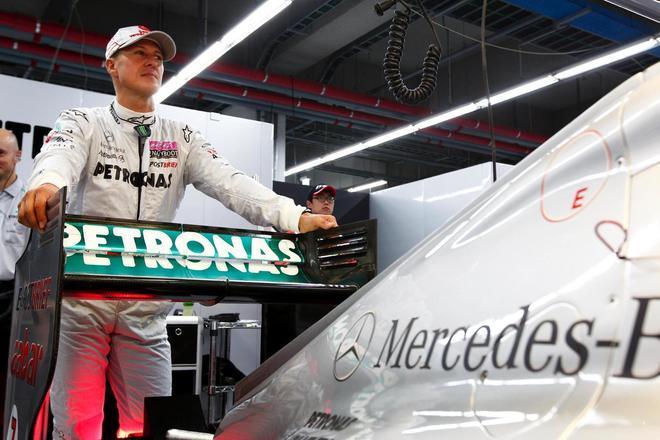 O alemão foi campeão de Fórmula 1 em 1994, 1995, 2000, 2001, 2002, 2003 e 2004. Schumacher esteve na Fórmula 1 de 1991 a 2006 e, depois, de 2010 a 2012. - Reprodução/R7