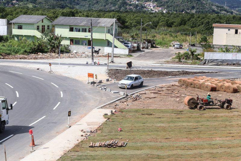Via improvisada substituirá elevado da Ressacada no acesso ao novo aeroporto pelo bairro Carianos -Anderson Coelho/ND