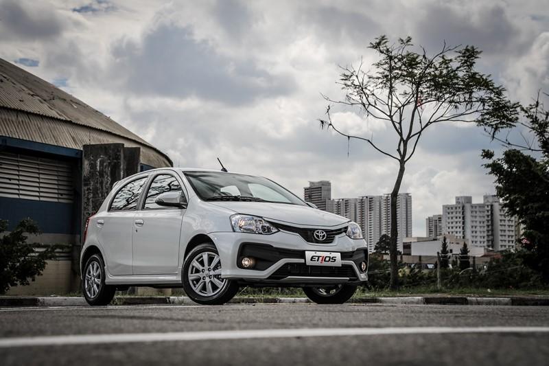 Toyota Etios X 1.3 - R$ 56.390 - Foto: Divulgação - Foto: Divulgação/Garagem 360/ND