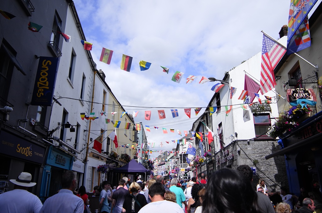 Galway, Irlanda - Ruby Doan on Unsplash - Ruby Doan on Unsplash/Rota de Férias/ND