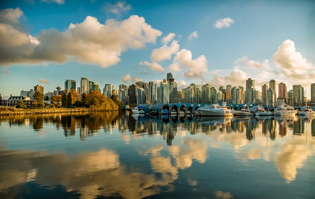 8- Vancouver, Canadá - Mike Benna on Unsplash - Mike Benna on Unsplash/Rota de Férias/ND