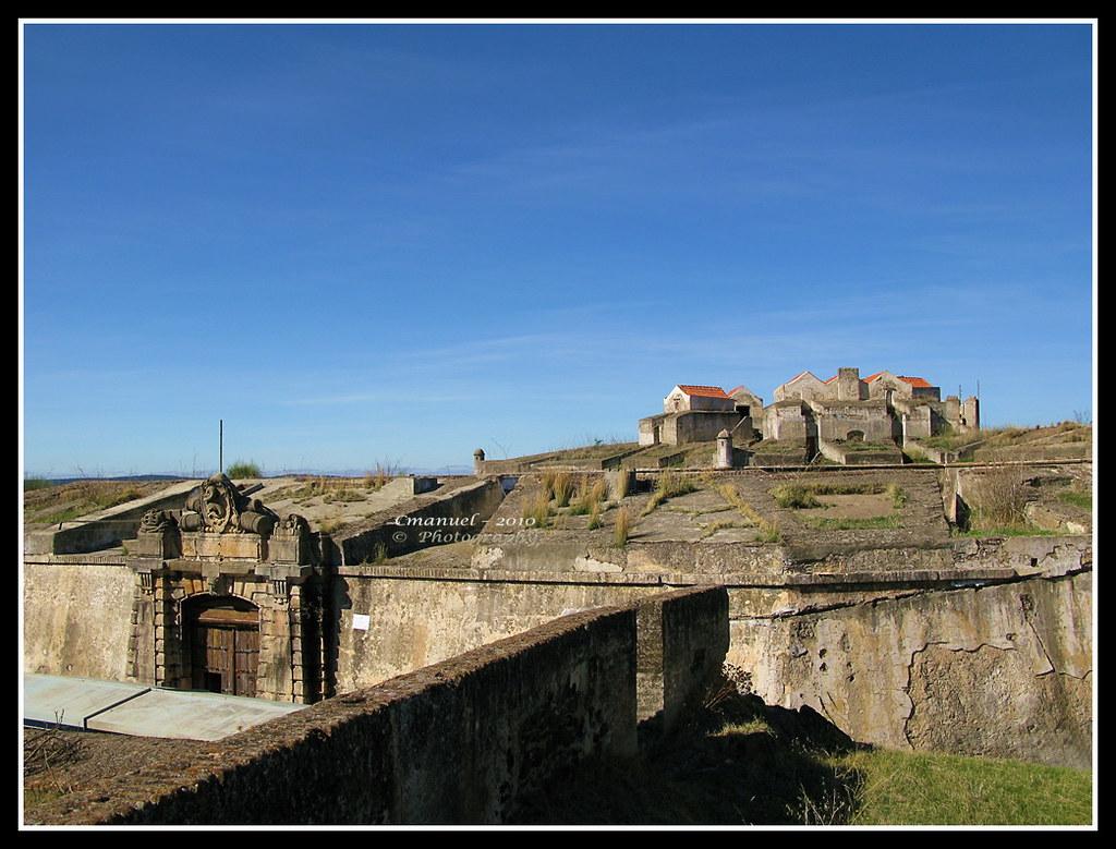 Castelo de São Jorge da Mina, Gana - Cmanuel Photography - Um olhar sobre Portugal on VisualHunt / CC BY - Cmanuel Photography - Um olhar sobre Portugal on VisualHunt / CC BY /Rota de Férias/ND
