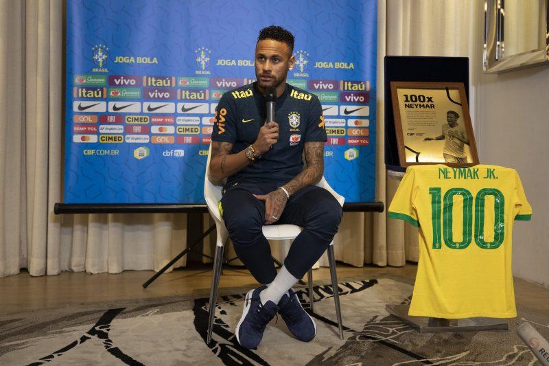 Neymar disse que seus privilégios na Seleção são porque carregou o time nas costas nos últimos dez anos. O ND+ mostrou que não foi bem assim. - Lucas Figueiredo/CBF