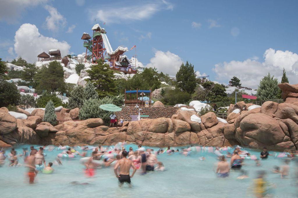 Também na Disney World, em Orlando, o Blizzard Beach é um parque aquático inspirado em uma estação de neve, o que o torna bastante original - Divulgação - Divulgação/Rota de Férias/ND