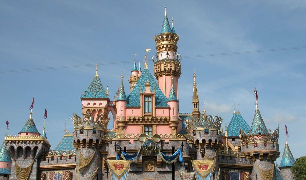 A Disneyland California foi o primeiro parque de Walt Disney. O complexo fica na cidade de Anaheim, nos Estados Unidos - Divulgação - Divulgação/Rota de Férias/ND