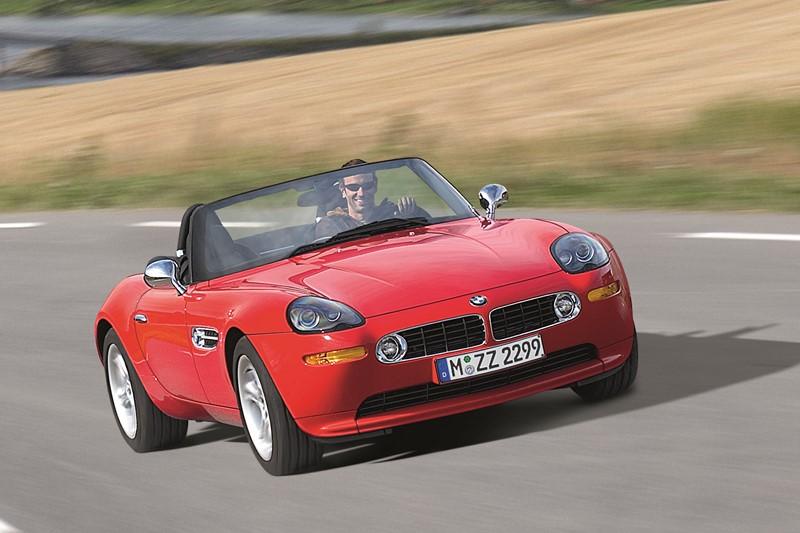 BMW Z8: o conversível chegou a ser o carro de James Bond, em 007 - O Mundo Não é o Bastante. Seu design único e moderno até os dias atuais garante seu lugar na lista - Foto: Divulgação - Foto: Divulgação/Garagem 360/ND