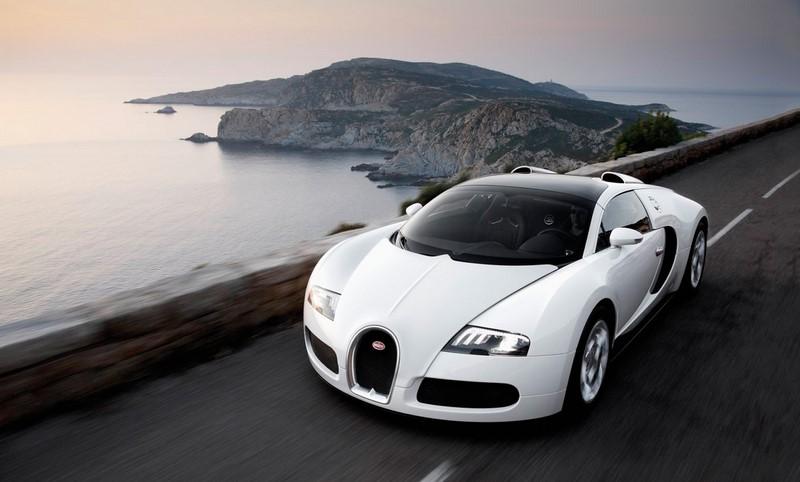 Bugatti Veyron: quatro turbos, 10 radiadores, 16 cilindros em W e 1.200 cv. Com esta receita, é impossível não lembrar com saudosismo do Veyron daqui a 30 anos - Foto: Divulgação - Foto: Divulgação /Garagem 360/ND