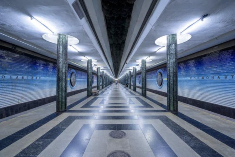 Por muito tempo era proibido fotografar ali embaixo. O motivo principal era que as estações eram também consideradas instalações militares - Reprodução Arte Colossal
