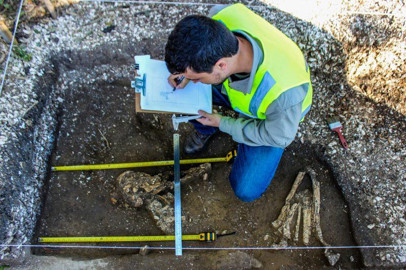 Descoberta foi feita em junho de 2018 em obras na BR-470, em Ilhota - Espaço Arqueologia/Divulgação/ND