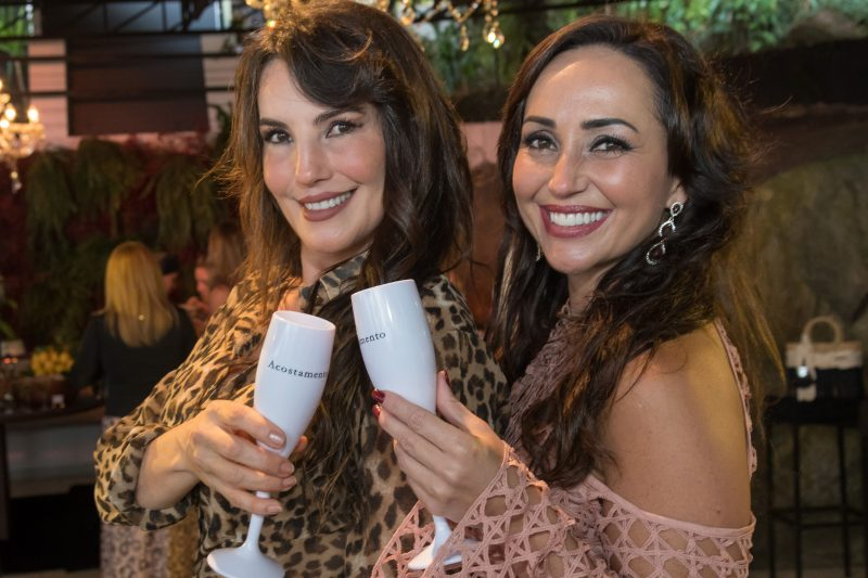 As irmãs Maristela Baldissera (à esq.) e Mariane Baldissera - Hermes Bezerra/Divulgação/ND