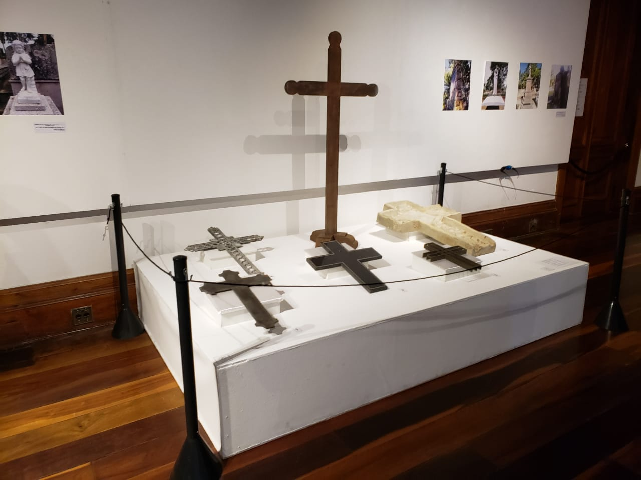 Exposição conta a história da morte e dos cemitérios - Carolina Rios/ASCOM FCC/DIVULGAÇÃO/ND