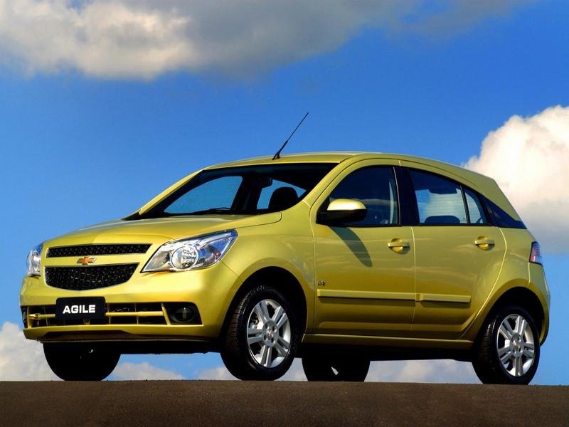 Com design controverso, o Chevrolet Agile estreou com um tom de amarelo chamativo em 2009 - Foto: Divulgação - Foto: Divulgação/Garagem 360/ND